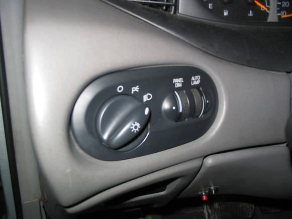 F150 Fog Light Switch with Auto Lamps Into a 96-99 SHO