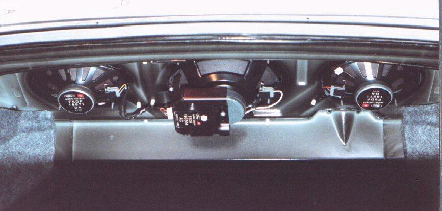 ford taurus 1996 speaker size